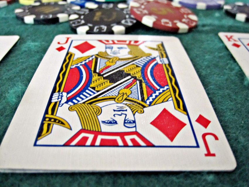 Cash With Online Casino Games.
